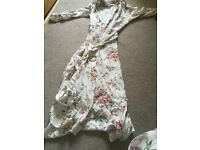 Stunning floral midi dress belted new without tags size 14