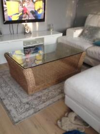 WICKER&GLASS COFFEE TABLE / TV STAND £80