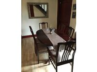 Stunning Mahogany Dining table and 6 chairs