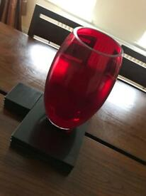 Stunning large red glass vase 💕 excellent like new condition