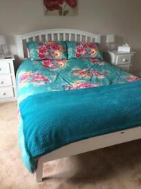 White solid wood bedroom set