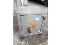 Heavy Duty Vintage Safe With No Key (Locked) - Very Heavy!