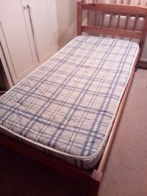 3 single pine beds