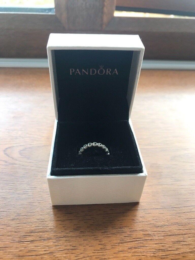 Pandora love heart ring