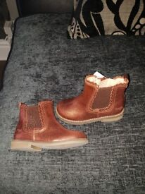 Size 9 infant brand new next boots