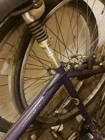 Full size hybrid bike in good working order