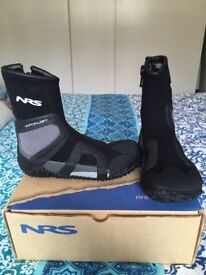 NRS Wetsuit boots - never worn, brand new, uk size 5 and set of nose plugs