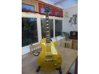 les paul gold top by vintage MAY SWAP FOR A AMP