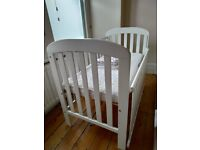White East Coast Anna Drop Side Baby cot