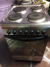 Stainless steel indesit 50cm electric cooker grill & oven good condition with guarantee