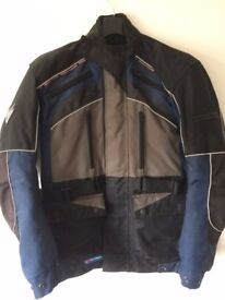 Motorcycle Jacket. Frank Thomas. Weatherproof and Armour. Size M/L