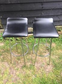 Bar stools 25