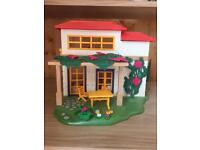 Playmobil holiday home toy