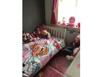 Daisy sleigh bed