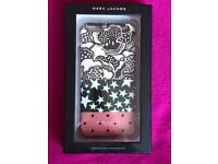 MARC JACOBS PHONE CASE FOR iPHONE 6 PLUS
