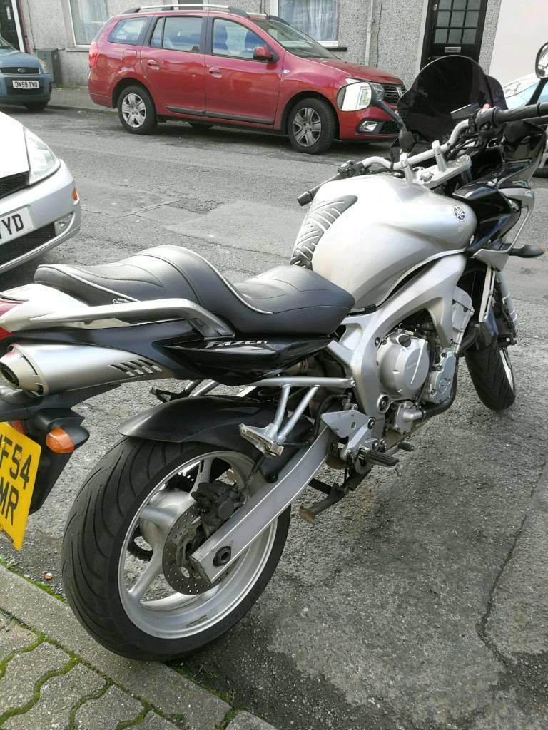 Yamaha FZ6 Fazer 600