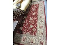 Machine woven Persian design carpet/rug with medallion and floral design