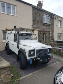 Land rover defender 110 utility 2.4 tdi