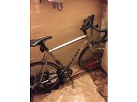 Raleigh criterium sport road bike