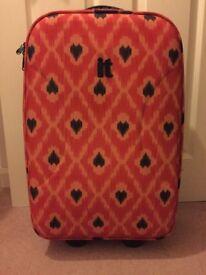 IT Hand Luggage Suitcase