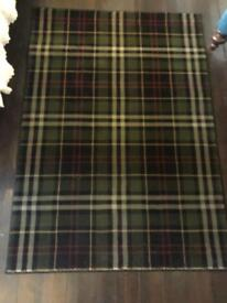 Tartan rug (nearly new)
