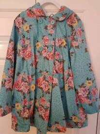 Beautiful waxed cotton raincoat age 9