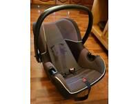 Fisher price baby car seat ( newborn )