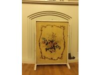 VINTAGE FIRE GUARD CREAM WITH FLORAL PRINT CB21 COLLECT