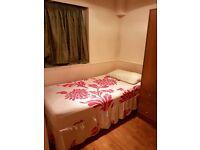Bargain single room on Edgware Road near Paddington, Marylebone, Warwick avenue, St Johns Wood.