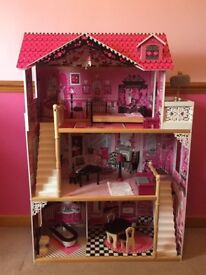 Kidkraft Amelia Doll House fully furnished as sold in Tesco/Smyths suitable for 12 inch dolls