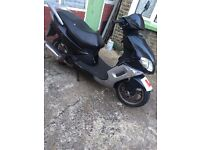125cc moped - needs cosmetic attention