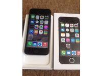 iPhone 5s 16gb silver/grey UNLOCKED