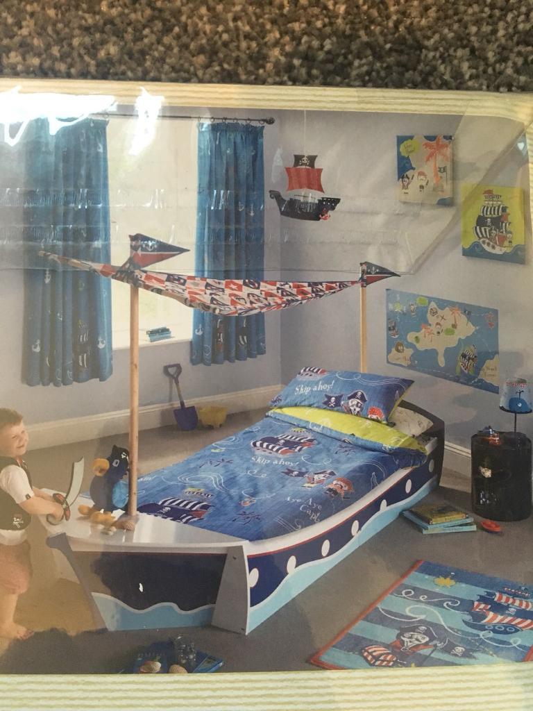 Boys pirate bedding set