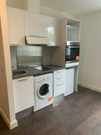 Self contained studios in Crawley
