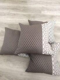 Cushion x 4