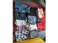Bundle of women's size 6/8 clothes