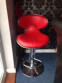 Bar/kitchen stool