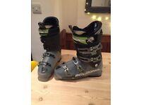 Men's ski boots size 10