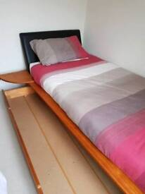 Luxury single bed like new condition