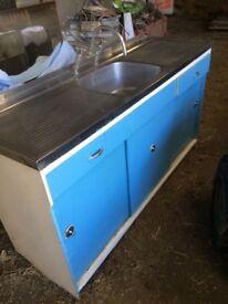 Vintage sink unit