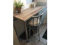 Breakfast bar stool (chrome plated frame & cream PVC padded seat) £15