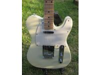 Squier Affinity Telecaster - Artic White - Maple Neck