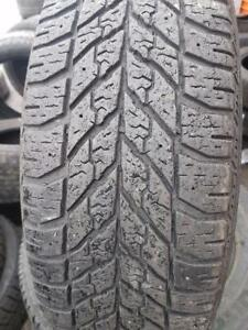 4 PNEUS HIVER - GOODYEAR 195 65 15 - 4 WINTER TIRES