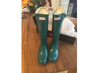 Brand new Hunter boots - size 7