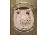 Baby bouncer chair with music and vibrations