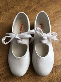 Girls tap dance shoes white size 10