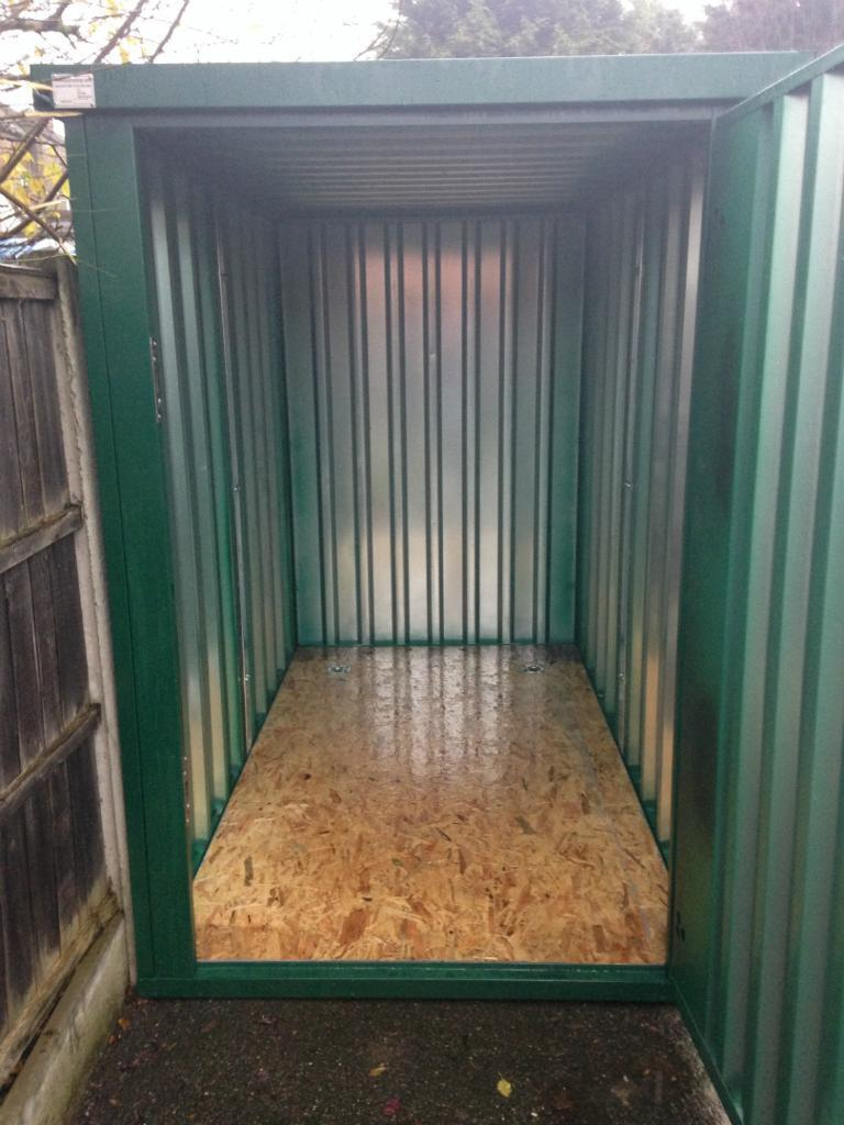 Motorcycle Geeral Storage Container To Let In Westcliff