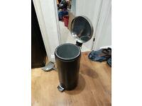 Free to collector - Brabantia 30l Pop up bin - black.
