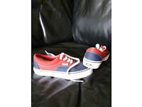 f9c2e95379 Boys Trainers - VANS - Size uk 2.5 (Never Worn)