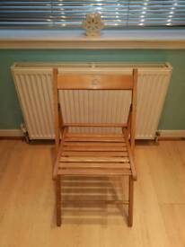 2 solid wood slatted folding chairs